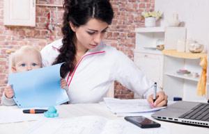 Как зарабатывать в декретном отпуске на дому